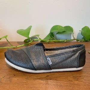 Toms Limited Edition Metallic Shearling Black